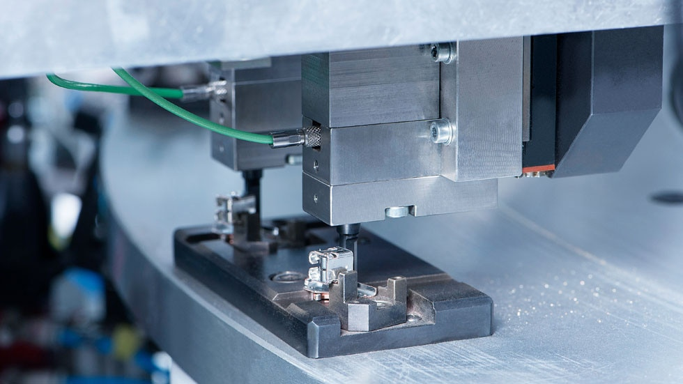 Kistler offers reliable measurement technology for monitoring joining processes and ensuring the quality of end products.