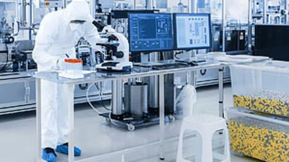 Medical device production and testing is partly performed in the cleanroom to meet regulatory requirements.